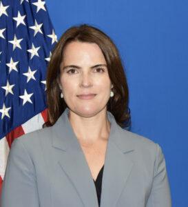 Kim Scrivner, Cónsul para Asuntos Públicos