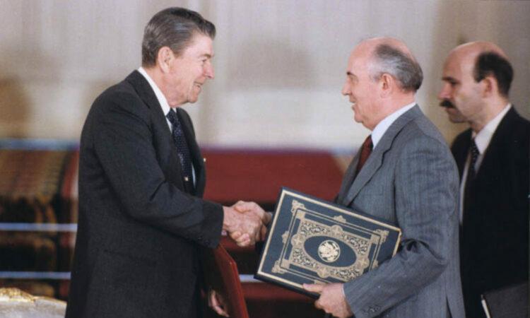 Reagan, Gorbachev, INF