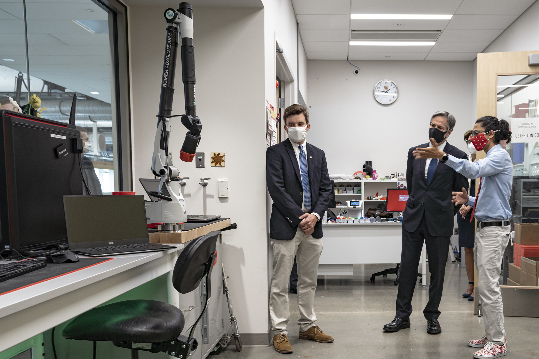 Secretary Blinken Tours the Advanced Fabrication Lab at the University of Maryland's A. James Clark School of Engineering