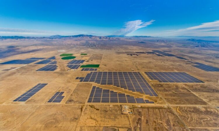 Solar panels over a plane (Courtesy of SunPower)