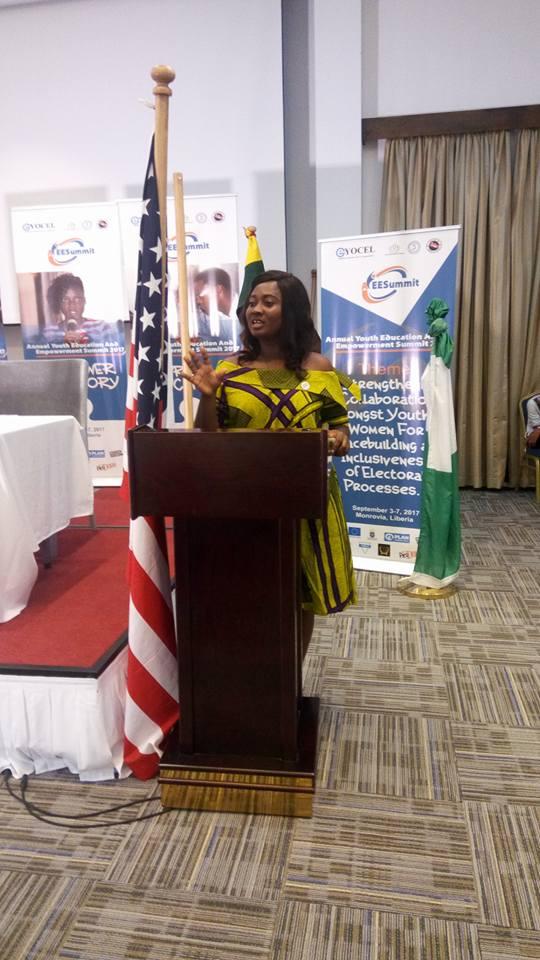 Rebecca presenting on women's empowerment in Liberia